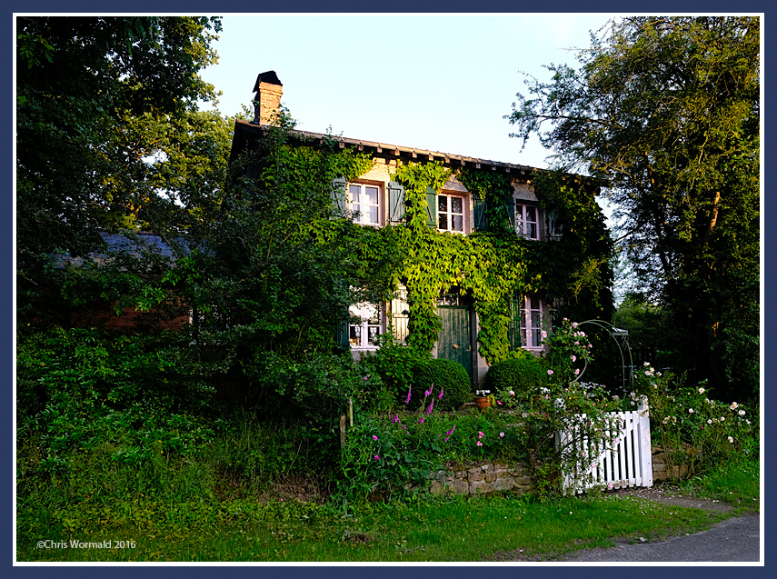 Lock-keepers cottage, River Mayenne, Normandy.